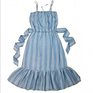 BB Dakota Chambray Ruffled Elastic Waist Dress